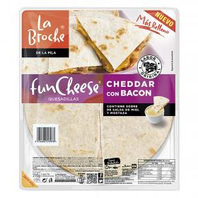 La Broche quesadillas cheddar con bacon de 210g.