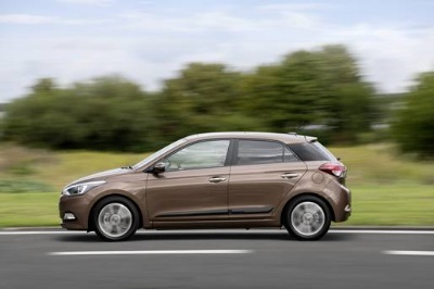 Hyundai Reviews - i20