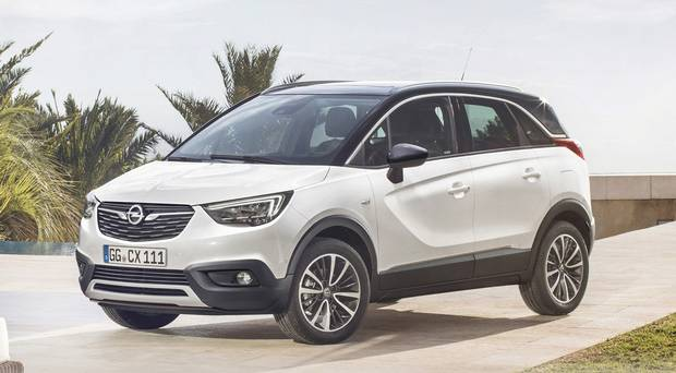 in pictures first photos of opel 39 s baby suv the crossland x reviews. Black Bedroom Furniture Sets. Home Design Ideas