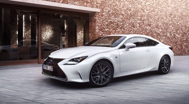 Lexus-RC-200t Reviews