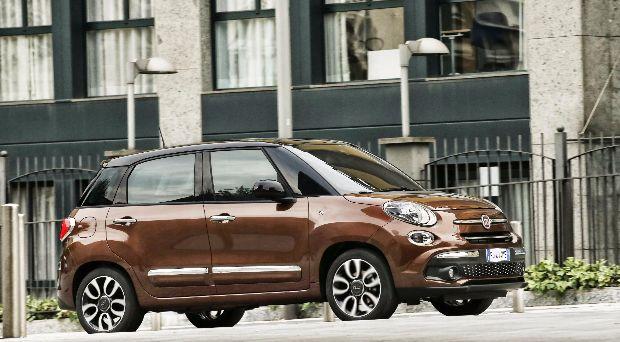 Fiat 500L Review