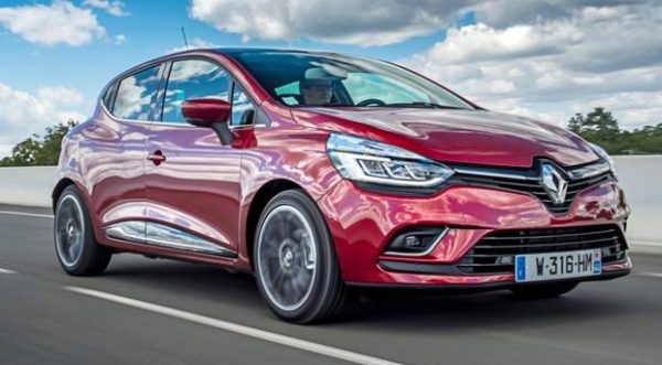 Renault Clio Review Is Nicole S Chic Back In Fashion