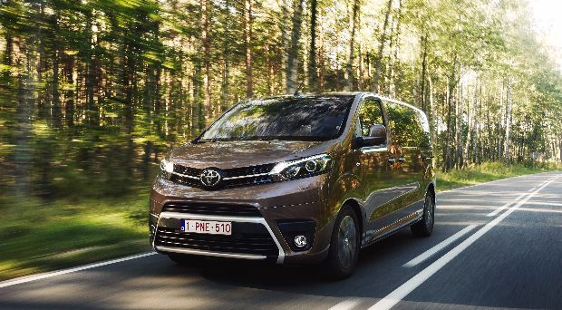 Toyota ProAce Verso Review