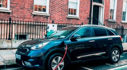 kia niro plug in hybrid review all new plug in hybrid. Black Bedroom Furniture Sets. Home Design Ideas