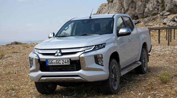Mitsubishi L200 Review