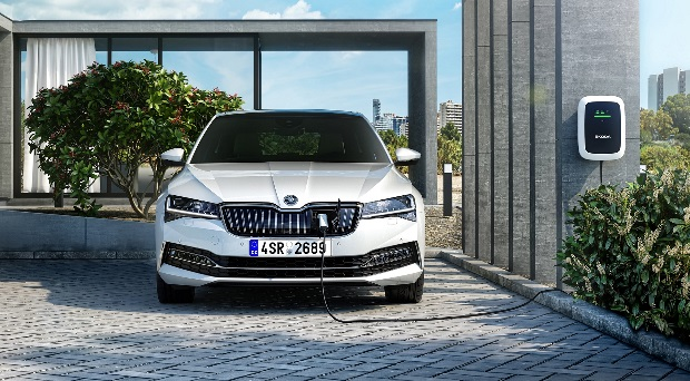 Superb iV: Skoda's first plug-in hybrid