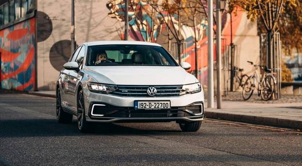 Volkswagen cuts price of its new Passat plug-in to €42,495 so it can rival diesels