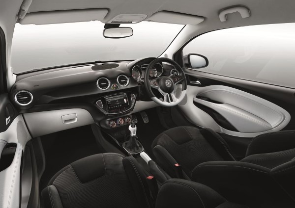 Vauxhall Adam Doesn T Matter If It S Black Or White