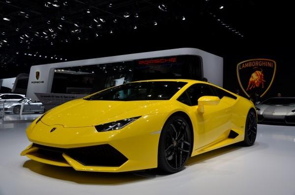 عکس ماشین لامبورگینی زرد 2021
