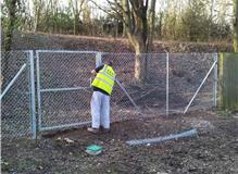 James completing a chainlink boundary fence for Basingstoke Council
