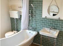 Bathroom refurbishment in Haywards Heath (2)