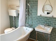 Bathroom refurbishment in Haywards Heath (2)
