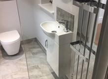 Minimalist wetroom