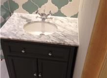 Vanity unit and tiling