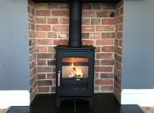 Ecosy+ Purefire Curve 5, complete with flexible flue liner system