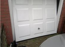 Garage Door Handle `snapped off`