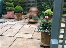 Sandstone & Topiary