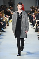 NO21_MEN_FW19_0021