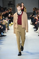 NO21_MEN_FW19_0027
