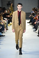 NO21_MEN_FW19_0031