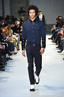 NO21_MEN_FW19_0045