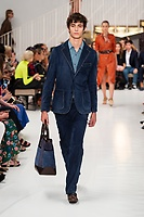 TODS_RTW_SS19_0063