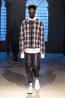 TOUR_MEN_FW18_0015