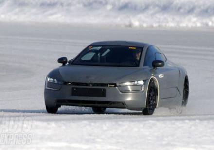 L'auto col motore più efficiente al mondo spiata VW XL1