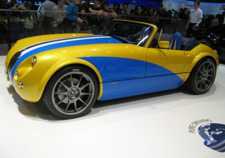 Wiesmann MF3 Final Edition Scuba Mobile Design 50 Eventi in collaborazione con Michelin