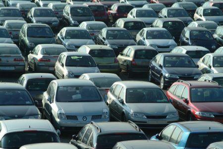 Continua il calo nelle Immatricolazioni Auto a Febbraio 2012
