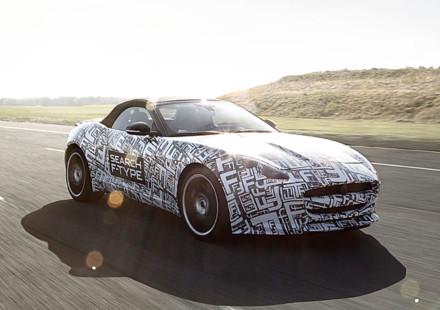 Confermata la produzione della F-Type cabrio e coupe