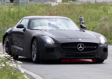 Mercedes Benz SLC progetto sospeso?