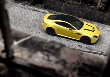 Aston Martin Vantage V12 S