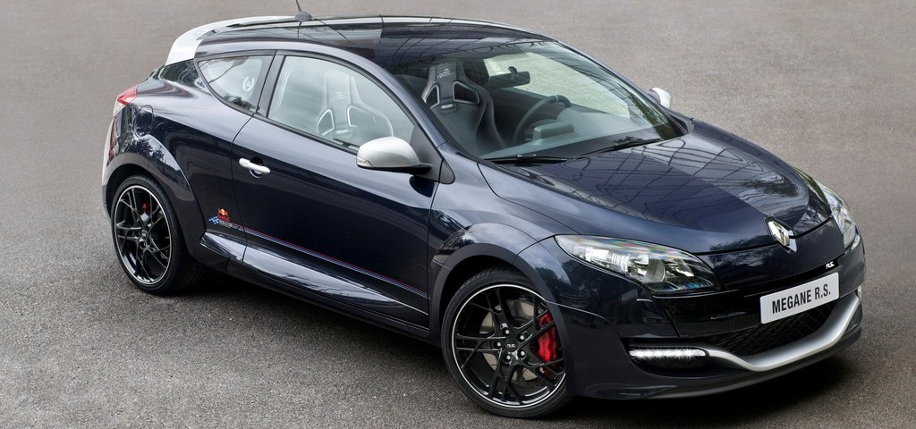 Renault Megane RS Red Bull Racing RB8 Tre Quarti Anteriore