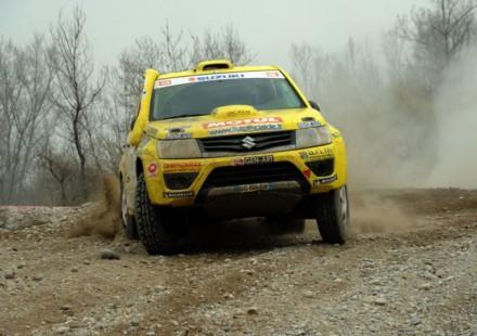 Suzuki CI Cross Rally Grand Vitara Baja