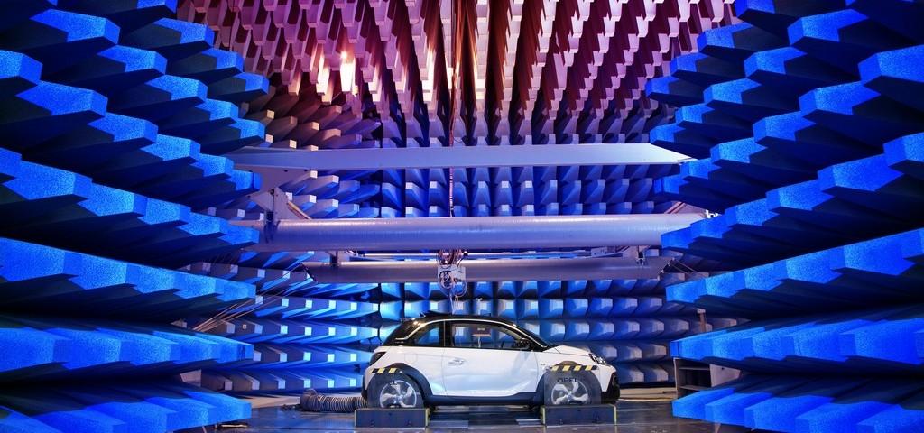 Opel Adam ROCKS EMC