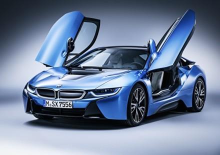 BMW i8 Porte Aperte