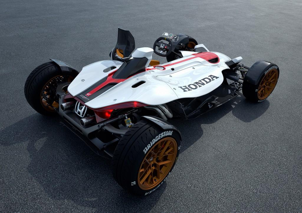 Honda Project 2&4 Tre Quarti Posteriore