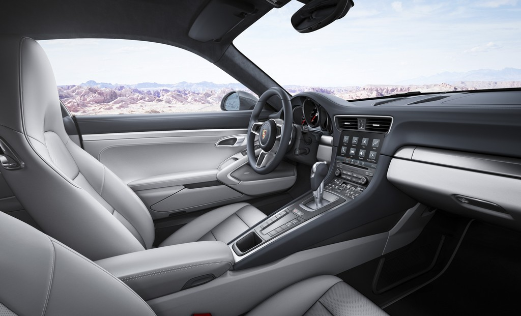 Porsche 911 nuova Carrera Interni