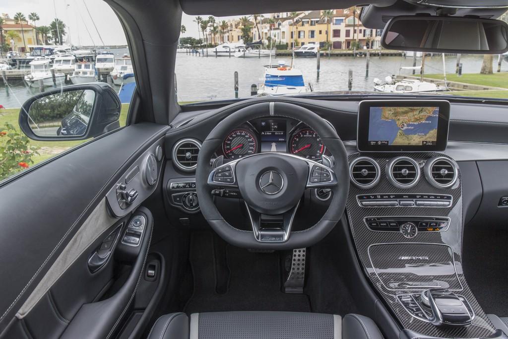 Mercedes Classe C Coupe Interni AMG