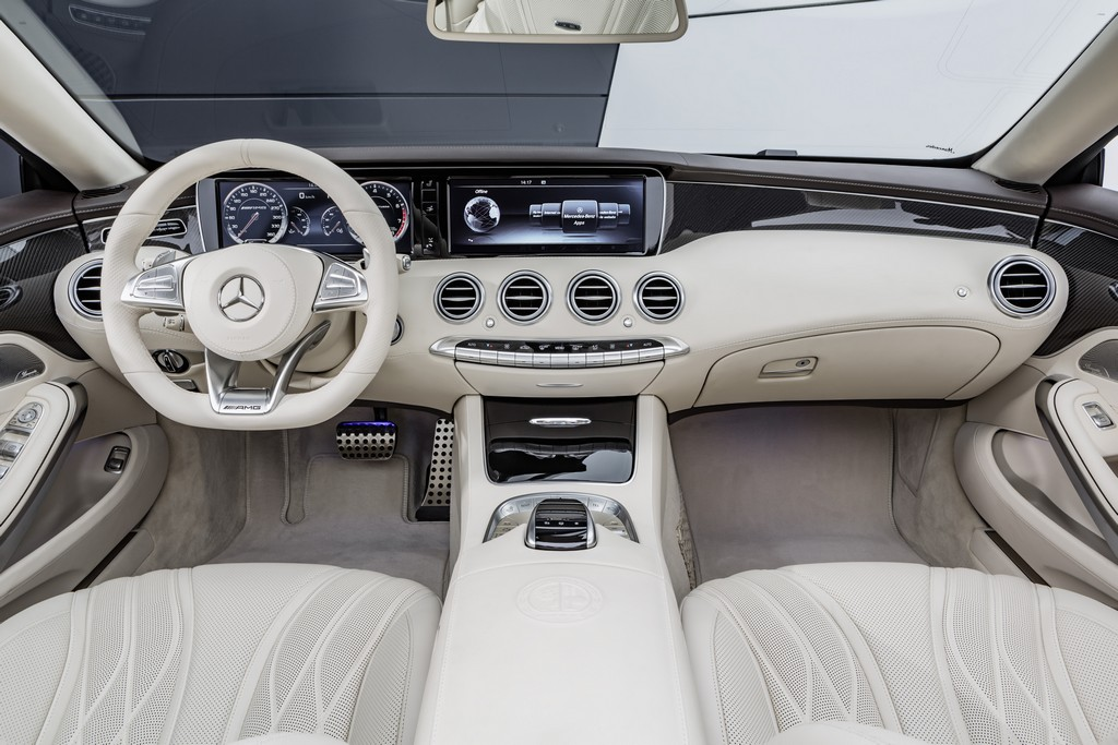 Mercedes AMG Classe S 65 AMG Cabriolet Interni