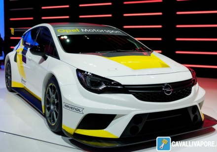 Opel Astra TCR LIVE GIMS 2016