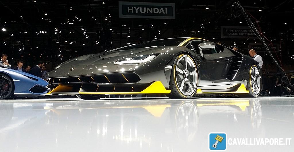 Lamborghini Centenario LIVE GIMS 2016 Basso