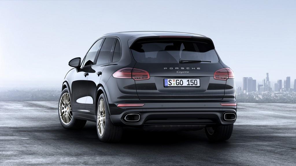 Porsche Cayenne Platinum Edition Tre Quarti Posteriore