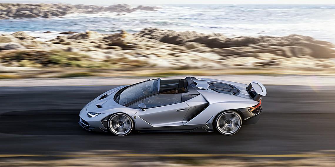 Lamborghini Centenario Roadster Dinamica Lato