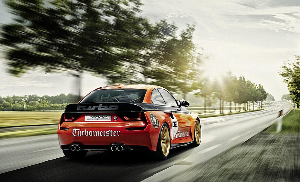 BMW 2002 Hommage TurboMeister Dinamica Dietro