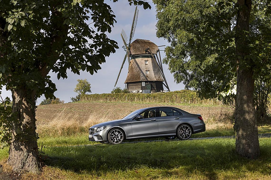 Mercedes Classe E 43 AMG 4Matic Lato