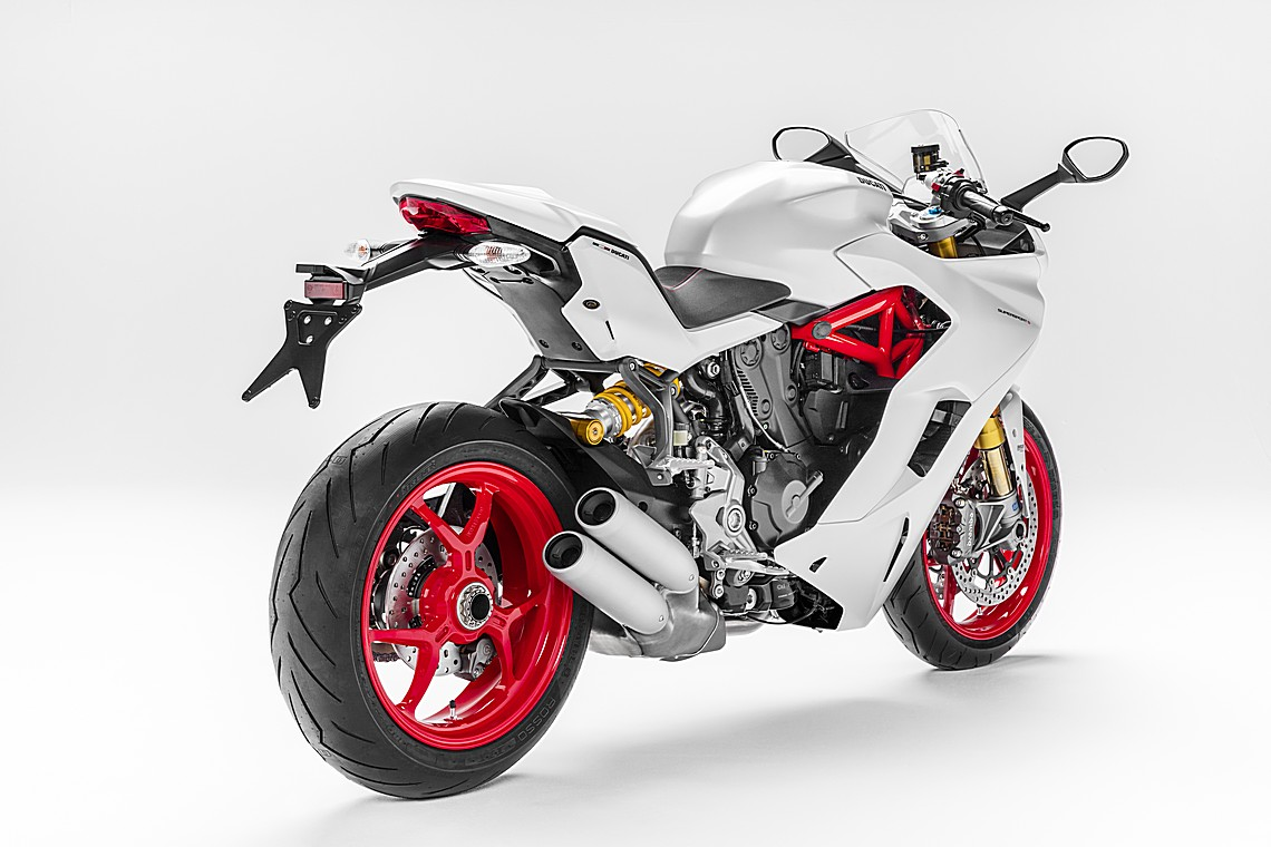 Ducati 939 SuperSport 3
