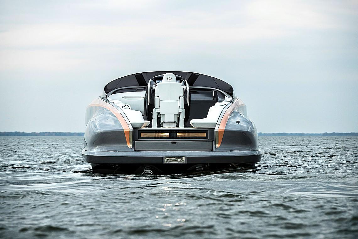 Lexus Sport Yacht 7