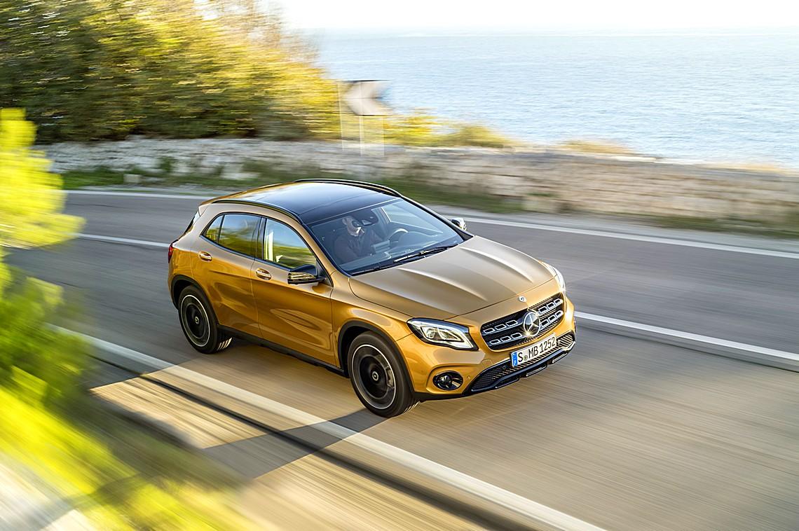 Mercedes Nuova GLA Alto